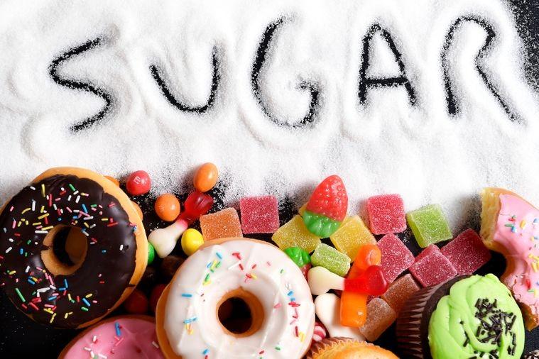 مصرف بیش از اندازه شکر شما را از داشتن شکمی تخت دور میکند