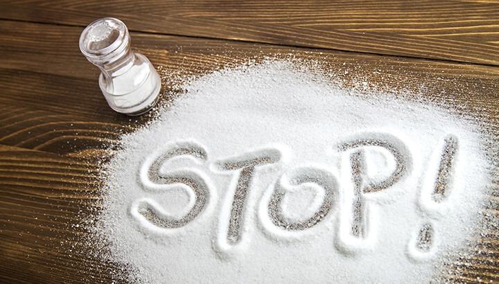 نمک دشمن شکم صاف و تخت