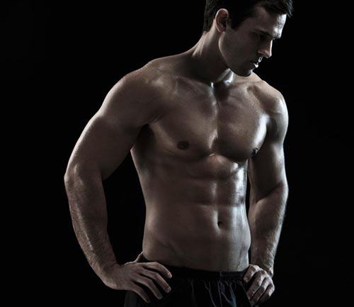 عدم استراحت مابین تمرینات ورزشی از جمله اشتباهات در بدنسازی می باشد