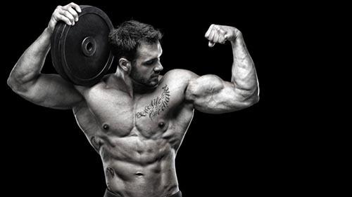 از دیگر اشتباهات در بدنسازی ، انجام تمرینات تک مفصلی است