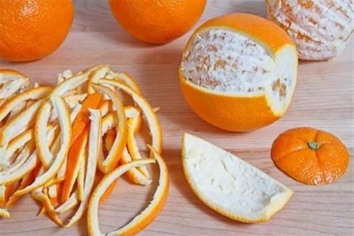 چطور دندان های سفید داشته باشیم : با مالیدن پوست پرتقال