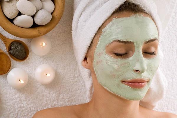 ماسک جوانسازی پوست و صورت با کشک ترش