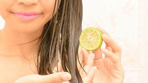 درمان موی چرب با استفاده از لیمو