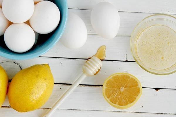 تخم مرغ و عسل و ماسک صورت برای پوست چرب