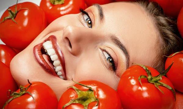 ماسک صورت برای پوست چرب و گوجه فرنگی